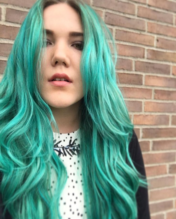 Dark green teal hair