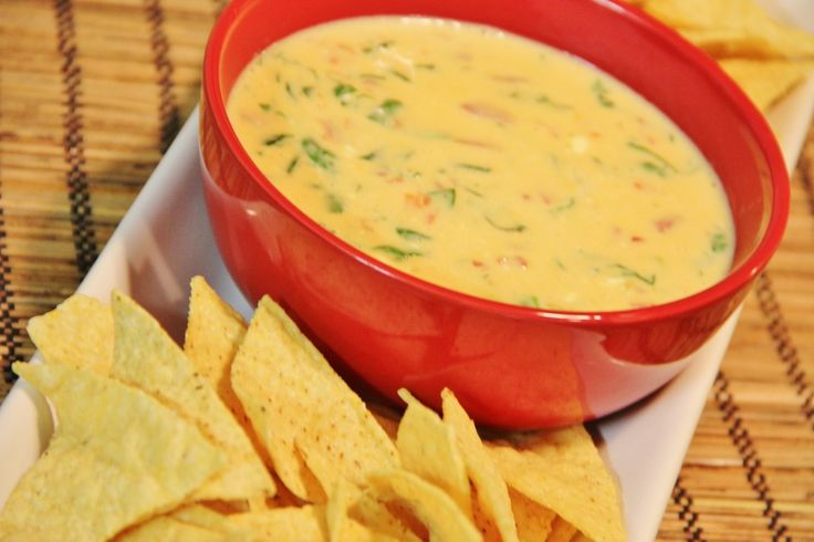 Spinach con Queso...the best queso dip ever!