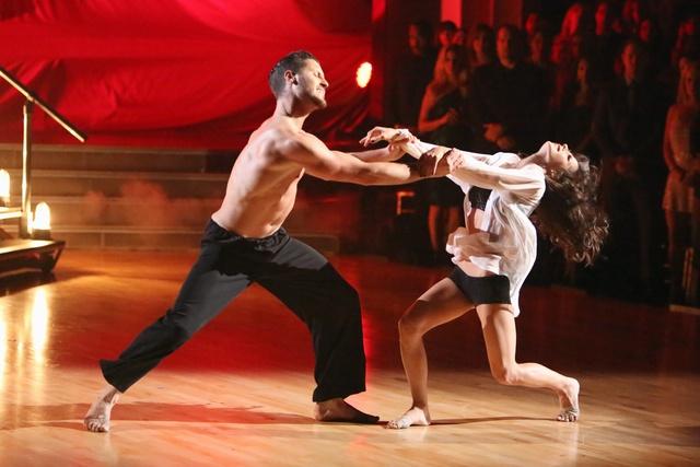 Kelly Monaco & Valentin Chmerkovskiy