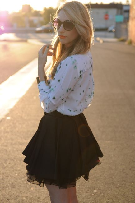 from the Cupcakes and Cashmere blog...she's gorgeous & has amazing style, one of my favs