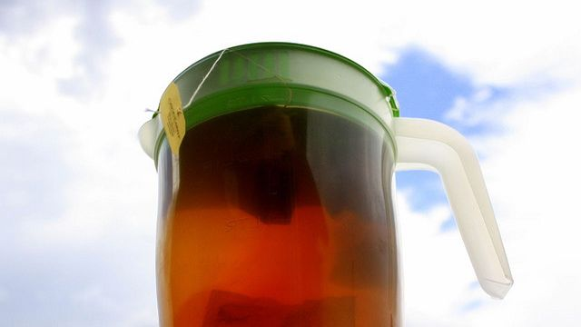 Brew Tea with Cold Water for Better Flavor and a Cooler Kitchen