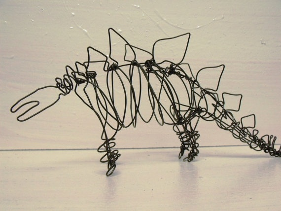 Stegosaur art projects wire sculpture pinterest for Wire art projects