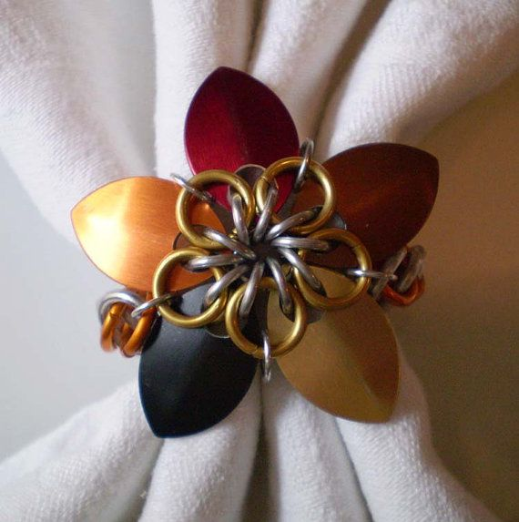 Thanksgiving flower chainmaille napkin rings set of 8 for Napkin rings for thanksgiving