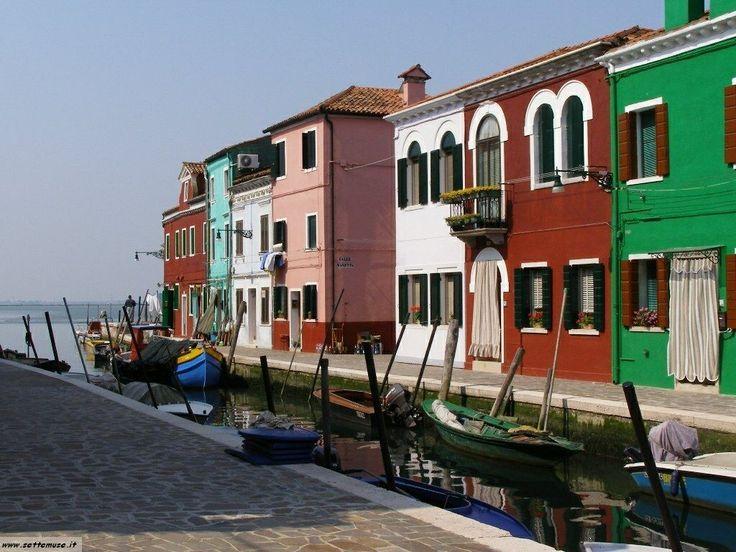 Isla of Burano - Venice