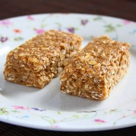 Sticky no-bake Banana Peanut Butter Oatmeal Bars. Quick, healthy and ...
