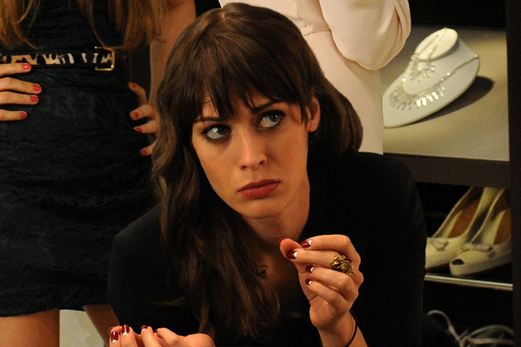 Lizzy Caplan in Bachelorette again  I spent the whole movie thinking    Lizzy Caplan Hair