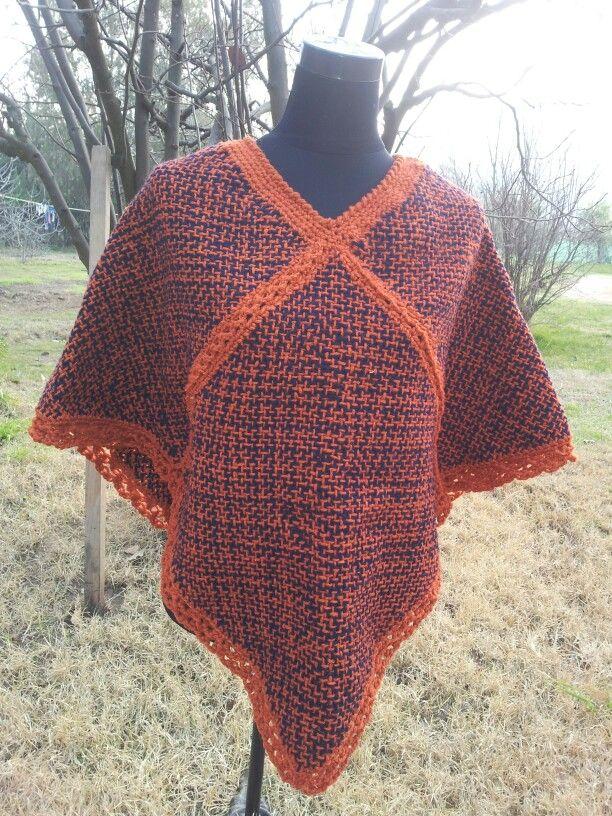 Pin poncho con cuadraditos de crochet mimi creaciones on - Cuadraditos de crochet ...