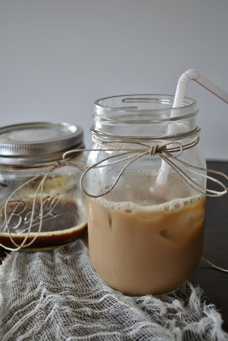 Homemade Iced Chai Tea. I'm addicted! My bank account really wishes I ...
