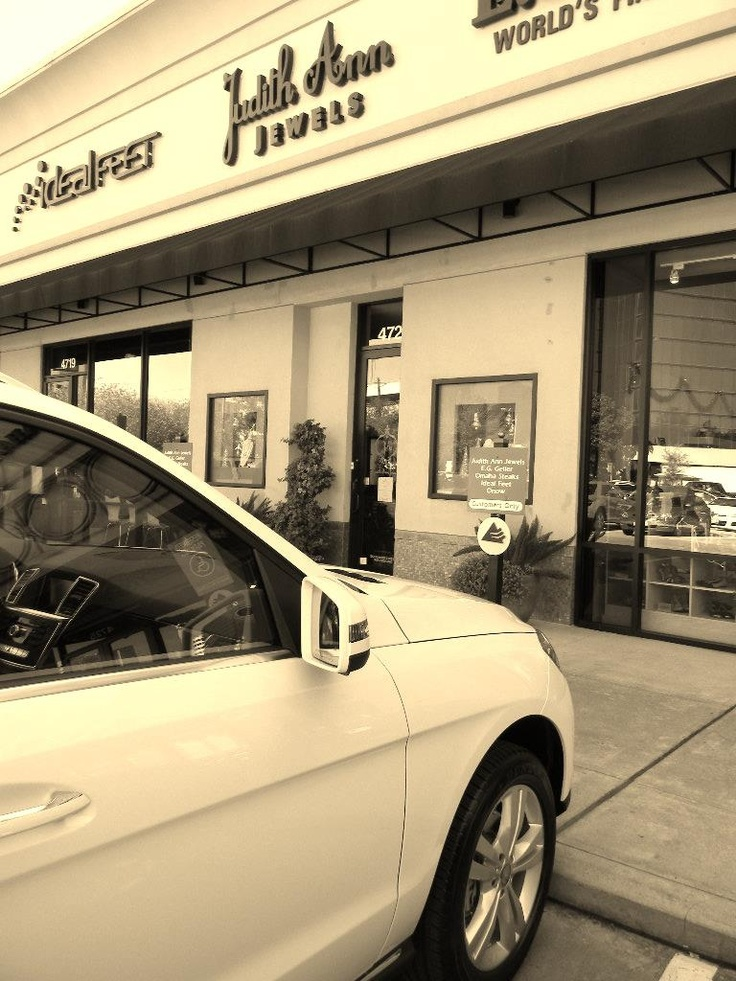 Arod mercedes benz knows what s most valuable to clients for Mercedes benz of clear lake