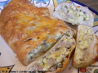 Sweet Apple Chicken Sausage and Cheddar Breakfast Stromboli