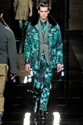 Fall 2012 Trend versace2