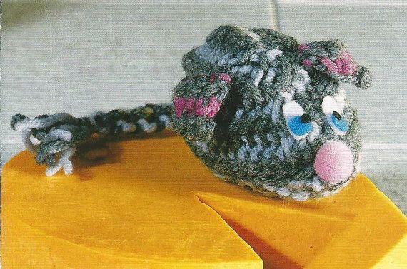 Easy Beginner Crocheting Crochet Pattern for a Pet Cat ...