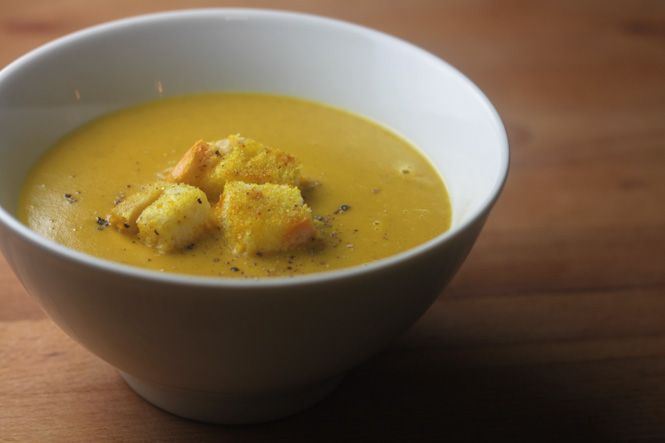 curried pumpkin soup | You're making me hungry! | Pinterest
