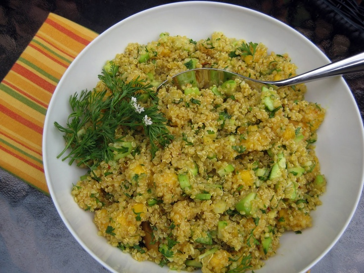 Quinoa Salad with Mango, Curry and Cucumber (+red pepper) SO GOOD!