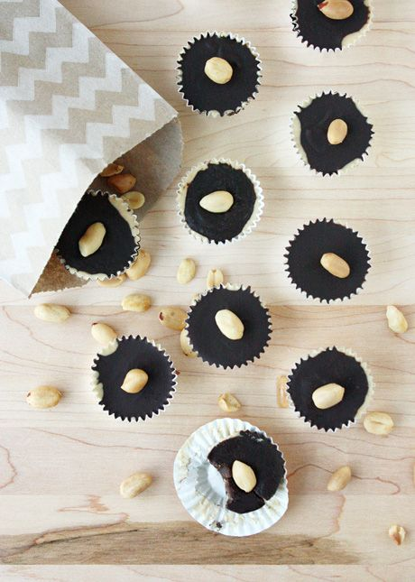 ... The Boozy: Homemade Peanut Butter Cups with Bourbon // FoodNouveau.com