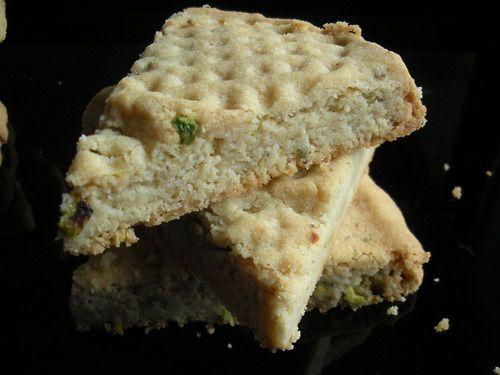 Pistachio Shortbread | eat and drink | Pinterest