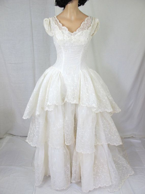 good vintage gown 1950s wedding dress silk organza eyelet lace white