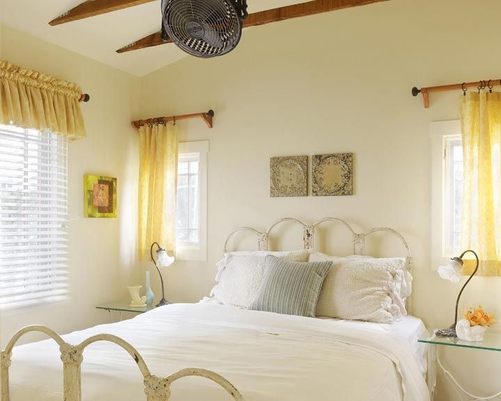 Aunt Zoe's Place at Venice Beach Eco Cottage - bedroom #vintagedecor