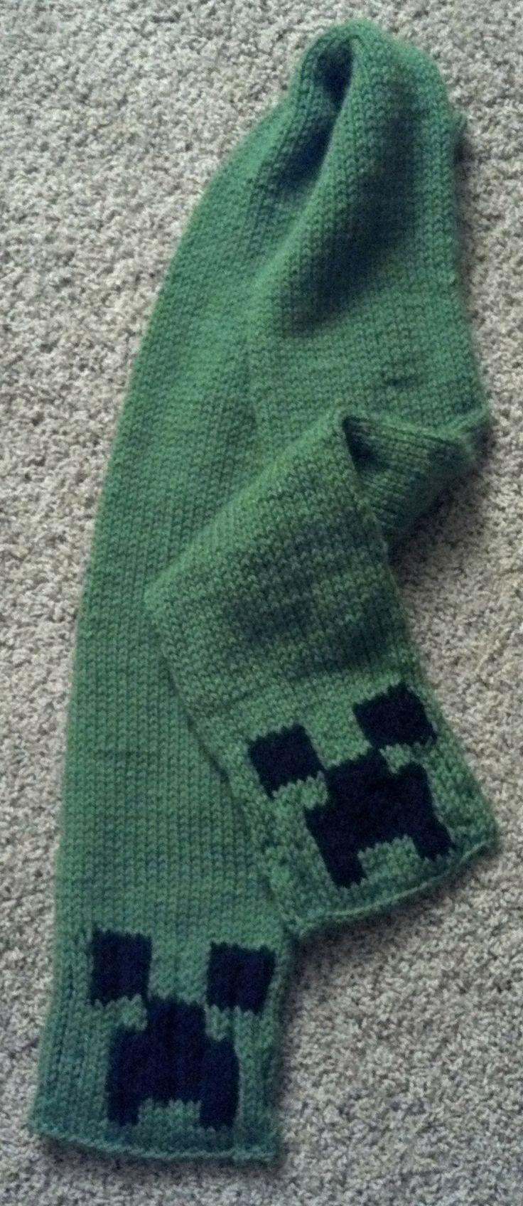 Minecraft Knitting Patterns : Minecraft Creeper Scarf