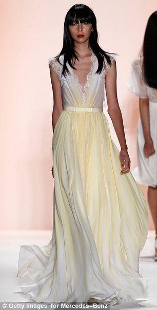 #JennyPackham #fashion #runway #dress