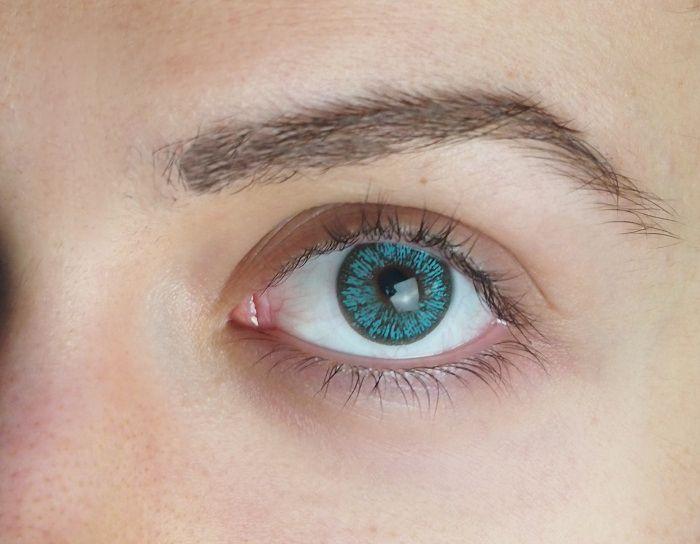 Farbige Kontaktlinsen blau
