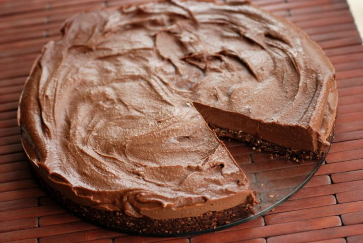 Better Than Nutella Cheesecake (Almost Raw Chocolate Hazelnut ...