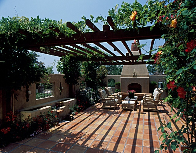 tuscan style courtyard source unknown landscaping