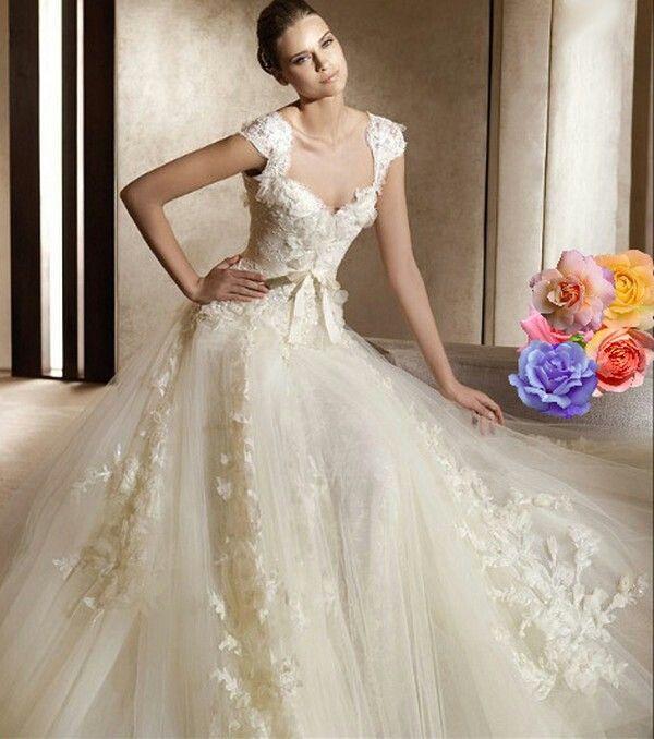 Cream colored tight top wedding dress fashion i love for Cream colored lace wedding dresses