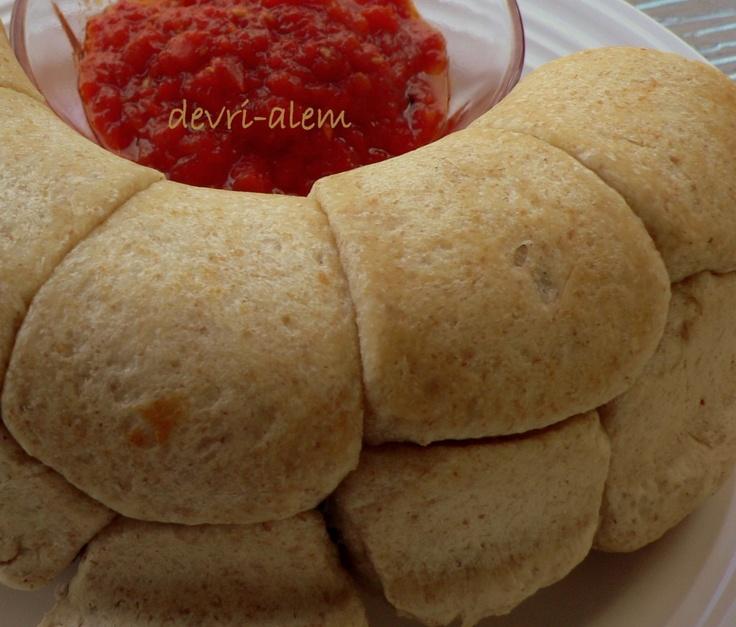 Pepperoni Pizza Monkey Bread | Deliciousness | Pinterest