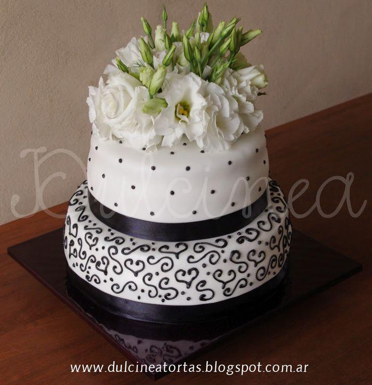 Torta con flores naturales   Tortas Decoradas   Pinterest