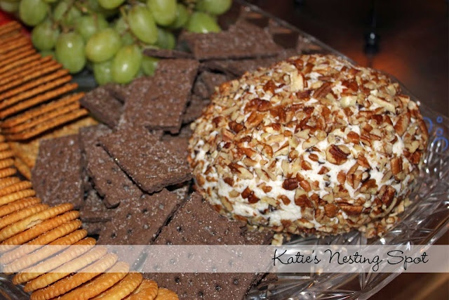 Chocolate Chip Cheese Ball | Foods To Try | Pinterest