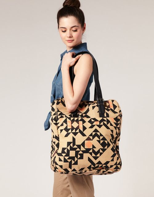 Love this giant bag from Kate Sheridan.