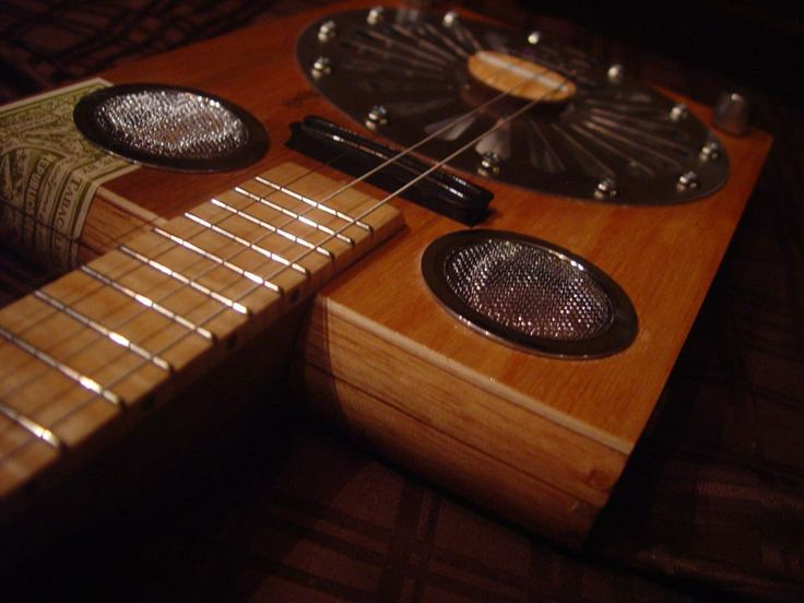 Cbg resonator with hot rails humbucker 4 string cigar box guitars
