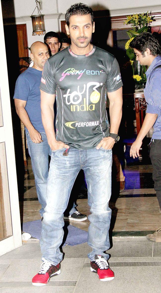 Pin By Shinil Payamal On Bollywood Pinterest
