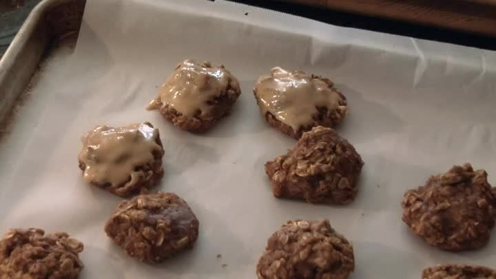 Recipe: Pumpkin Oatmeal Cookies- 93 calories and 19 carbs per cookie