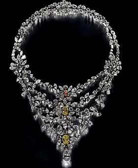 The Marie Antoinette Necklace from De Beers definitely ranks among the world's most expensive necklaces.  The necklace features more than 181 carats of diamonds, including a monster 8 carat, pear-shaped white diamond as a centerpiece. All of the jewels are set in platinum.