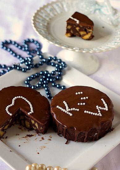 Chocolate Biscuit Cake | Recipe