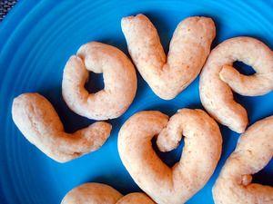 "Calabrian Love Knot Cookies | Serious Eats: Recipes - Mobile Beta!"""