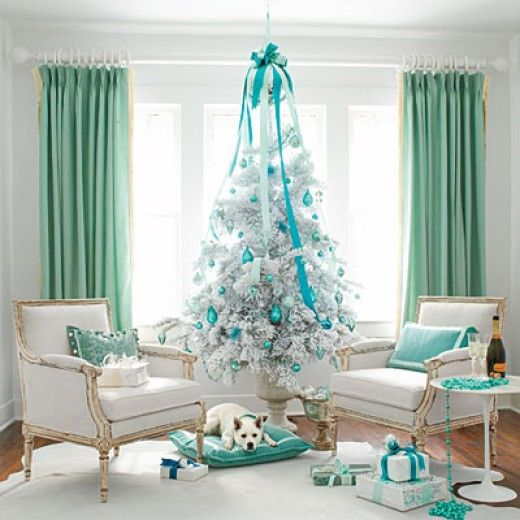 Elegant white and blue color scheme christmas tree 39 s for Christmas tree color schemes