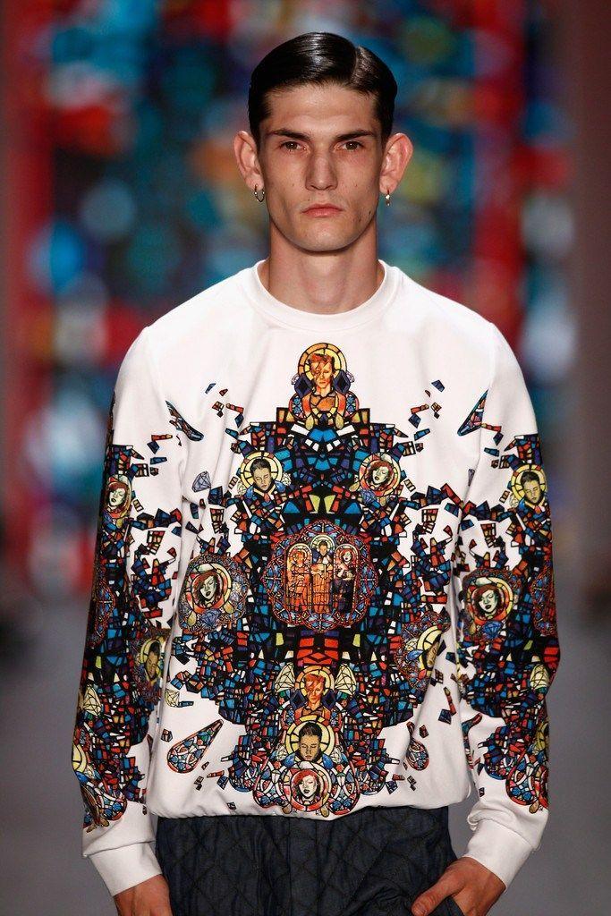 Versus Versace SpringSummer 2015 Collection – New York Fashion Week