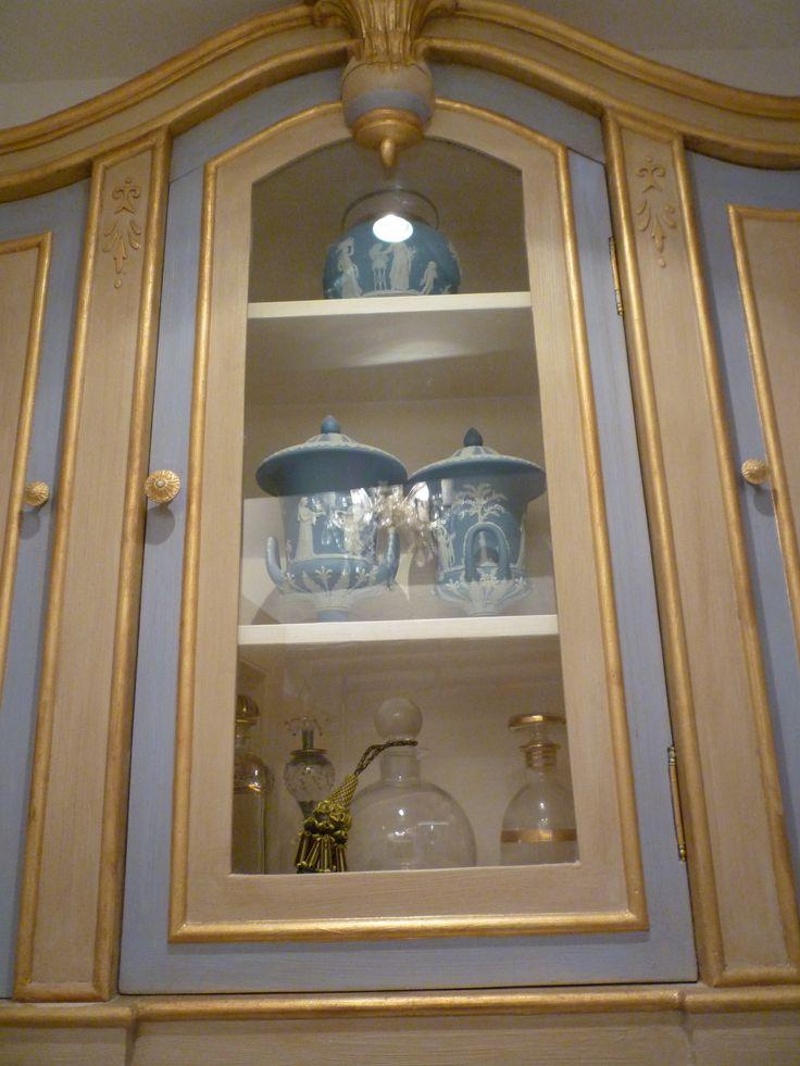 bathroom cabinet done wedgwood
