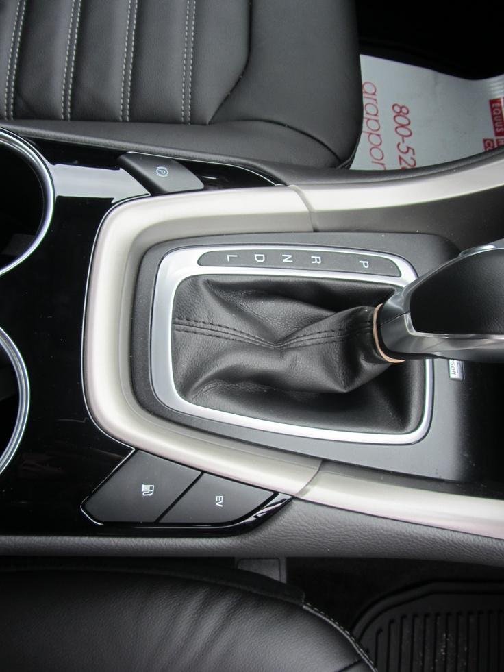 ford fusion hybrid gas mileage 2010
