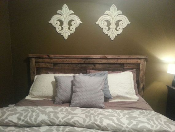 Rustic king size recycled pallet headboard for Recycled headboards