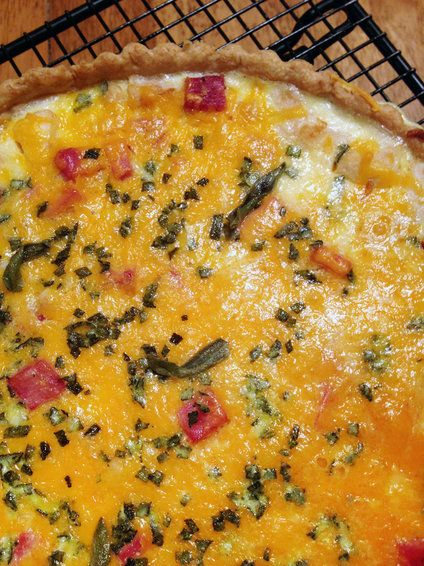 Apple Cheddar Quiche with Ham and Sage Not sure about the sage, but ...