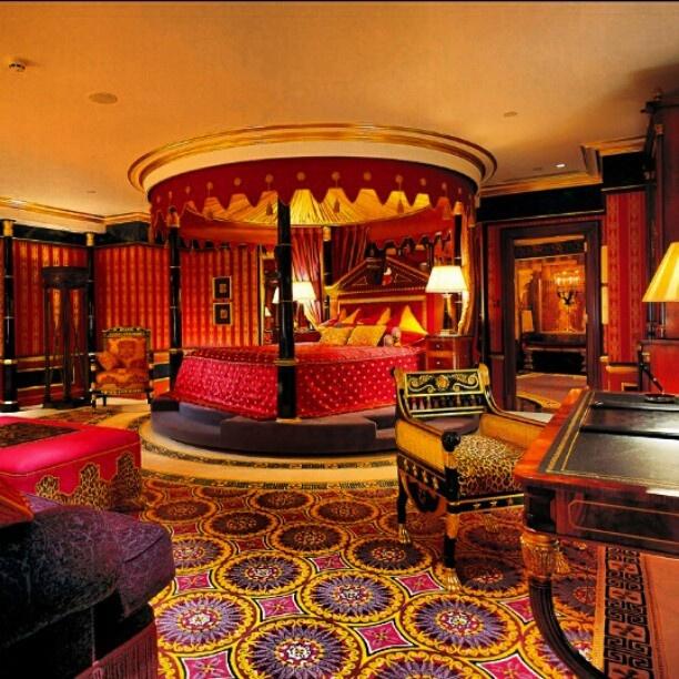 rich looking bedroom bedroom