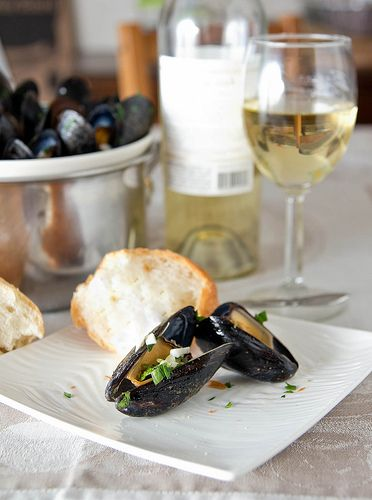 Mussels with Parsley and Garlic | Cool food! | Pinterest