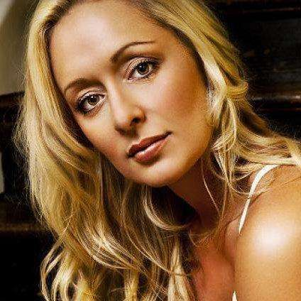 Self inflicted gunshot wound, Country Singer, Mindy McCready
