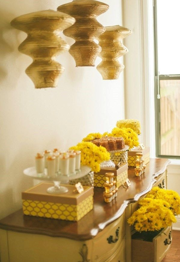 Honeycomb themed baby shower with Jessica Charles Photography