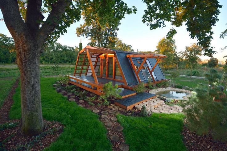 Pin by sherry loomis on house lust pinterest for Energy efficient tiny homes
