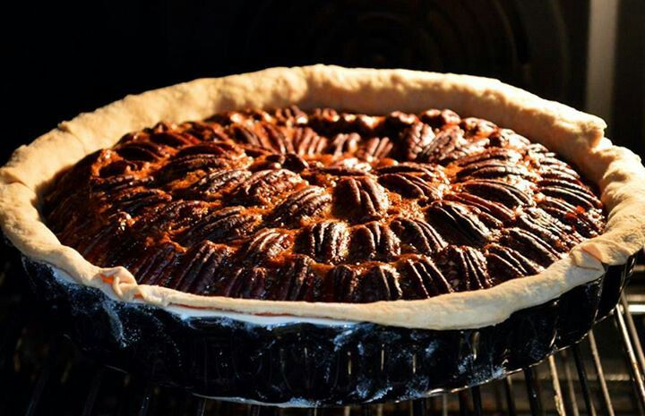 Old Southern favourite. Pecan pie | Food | Pinterest
